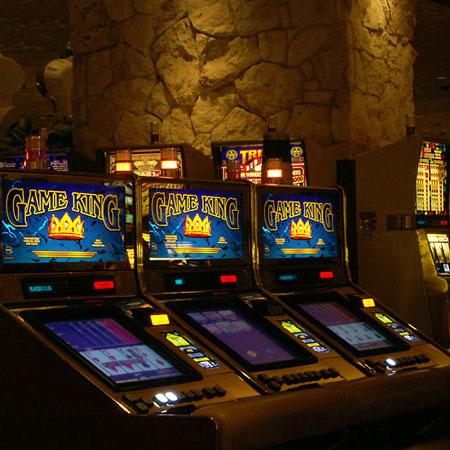 Слоты казино внутри